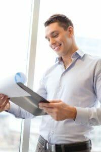 Si votre assurance collective est trop chère, parlez-en au patron!